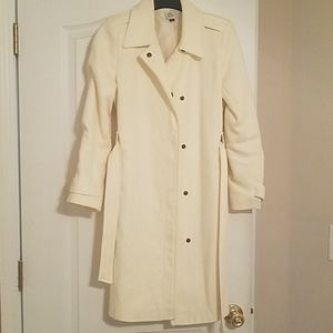 Knee length of Old navy coat.  Ivory with snaps